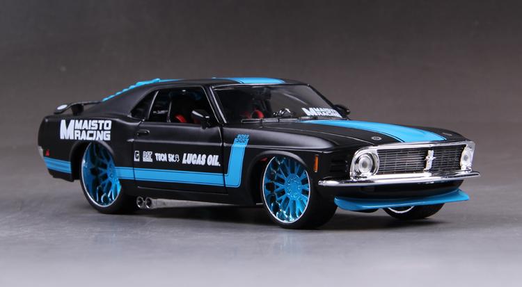 โมเดลรถ รถเหล็ก โมเดลรถเหล็ก โมเดลรถยนต์ Ford Mustang 1967 2
