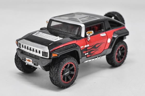 โมเดลรถเหล็ก โมเดลรถยนต์ Hummer HX black 1