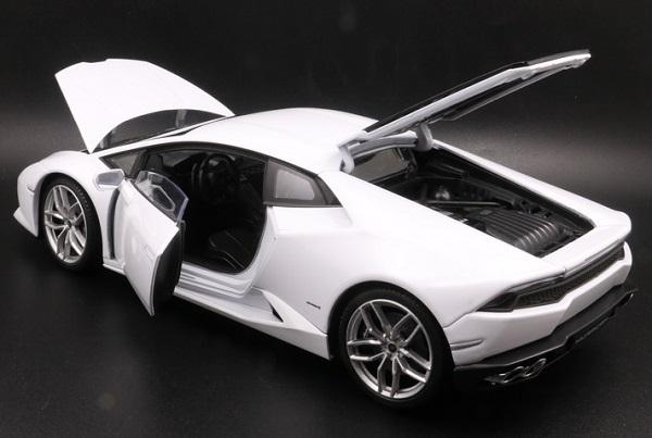 โมเดลรถ โมเดลรถเหล็ก โมเดลรถยนต์ Lamborghini Huracan white 5