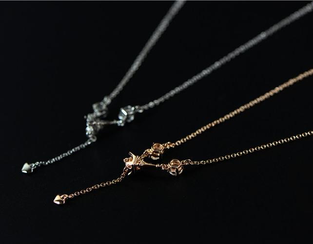 สร้อยคอชุบทองคำขาว18Kจี้รูปหอไอเฟลแต่งคริสตัล