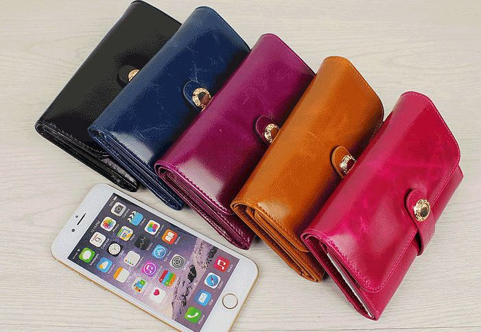 กระเป๋าสตางค์ ใบสั้น กระเป๋าสตางค์ ผู้หญิง กระเป๋าสตางค์ หนังแท้ ขัดมัน Oil wax แบบเก๋ สีคลาสสิค 2 พับ ใส่บัตรได้เยอะ มีช่องซิป 384044