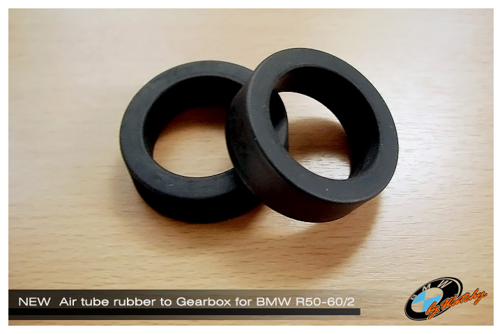 ปลอกยางปลายท่อไอดี เข้ากรองอากาศบนท่อนเกียร์ สำหรับBMW R50-R60/2 เป็นของใหม่ นำเข้าจากเยอรมัน