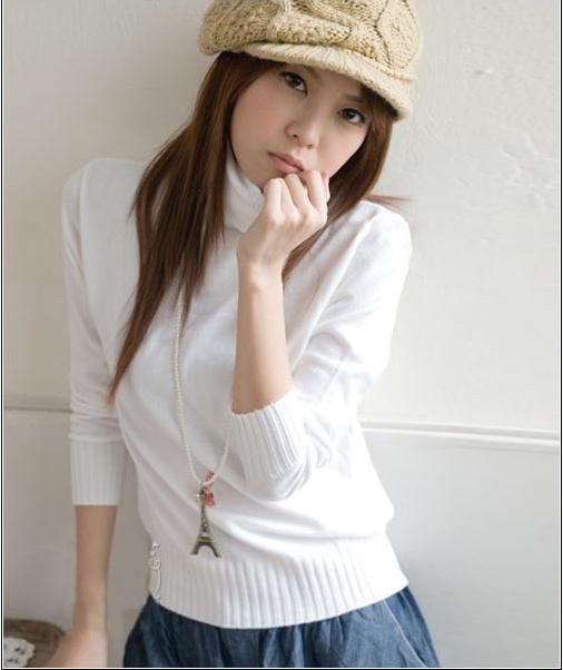 สเวตเตอร์ ( Sweater ) สําหรับผู้หญิง สีขาว