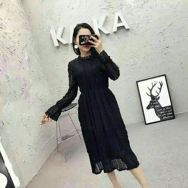 Dress3756 งานนำเข้าสไตล์เกาหลี ชุดเดรสยาวผ้าลูกไม้แขนยาวสีดำ เอวสม็อคยืดได้เยอะ ผ้าลูกไม้ยืดเนื้อนิ่ม มีซับในอย่างดีทั้งชุด