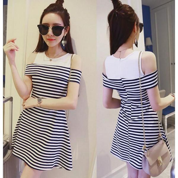 **สินค้าหมด Dress3677 ชุดเดรสน่ารักลายริ้วโทนสีขาวดำ ผ้าเนื้อนุ่มใส่สบาย