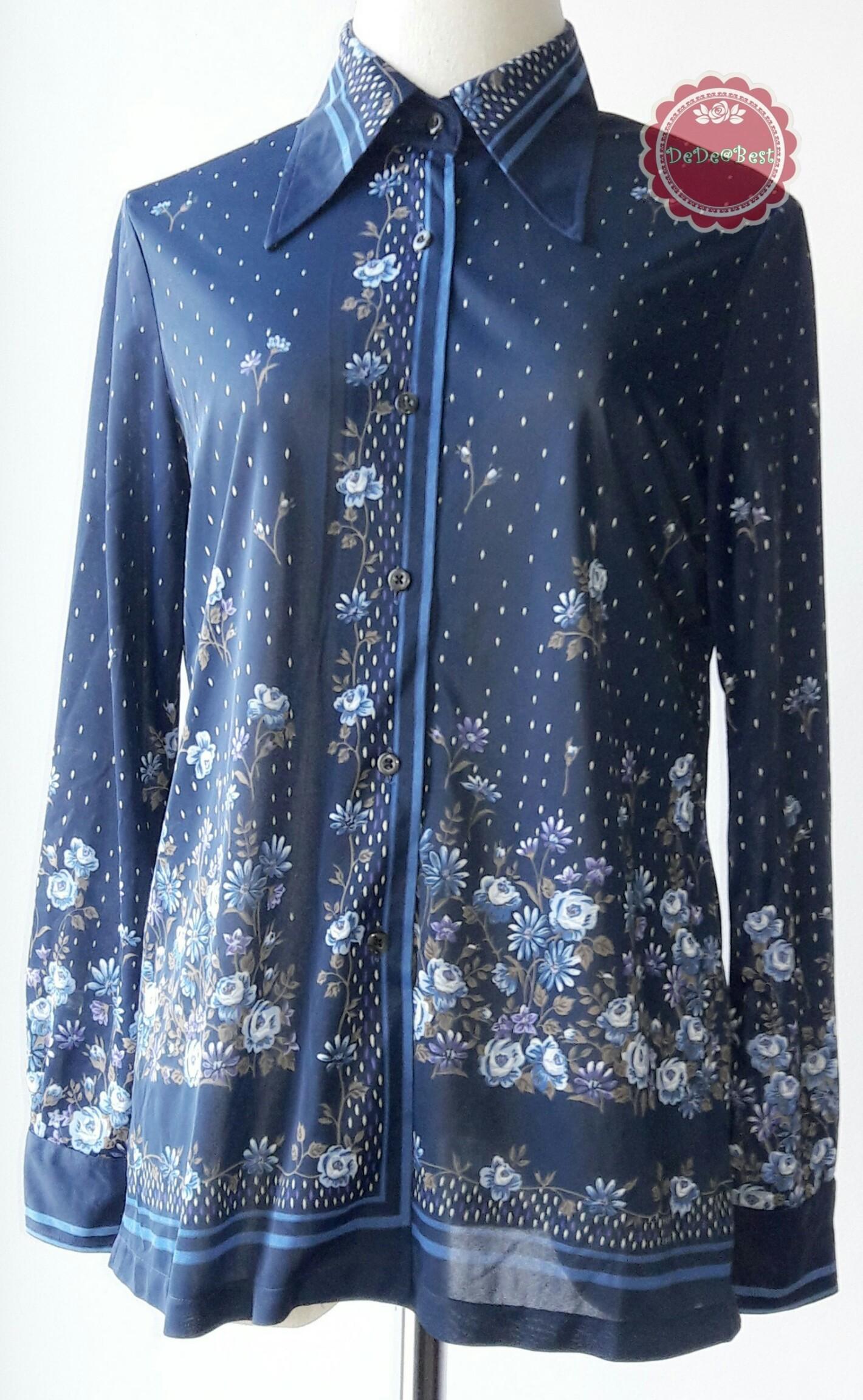 ขายแล้วค่ะ T66:Vintage top เสื้อวินเทจสีน้ำเงินลายดอกไม้&#x2764