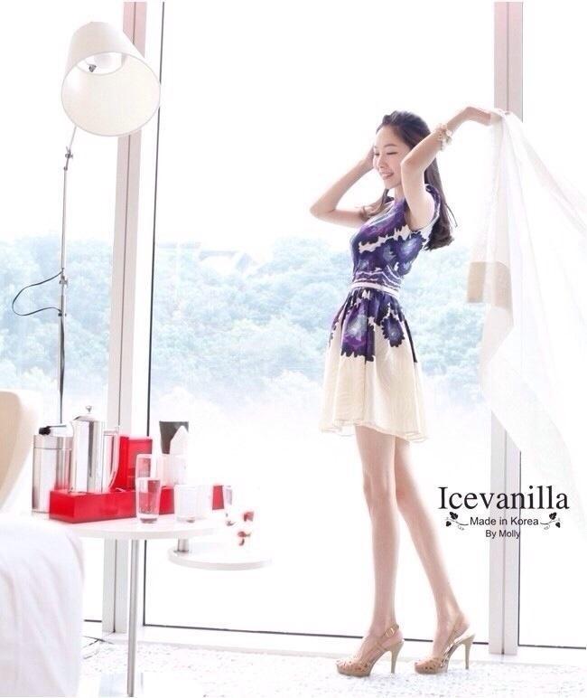 Violet flower luxury Dress