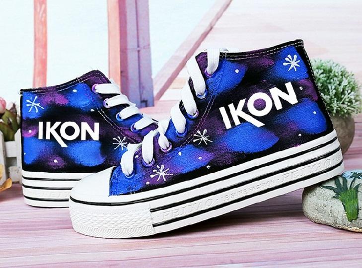 รองเท้าผ้าใบเรืองแสง IKON