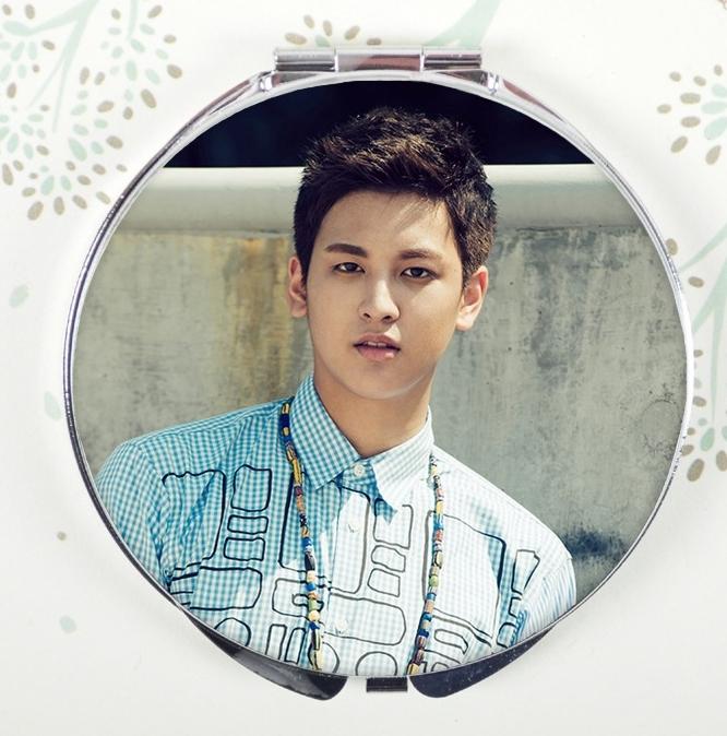 กระจกพกพา iKON - จอง ชานอู