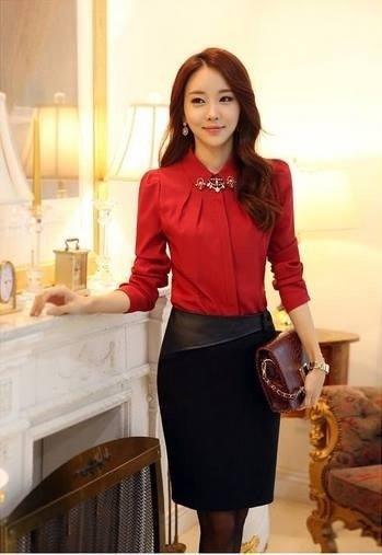 เสื้อเชิ้ตสีแดงต้อนรับตรุษจีนประดับปกเพชร