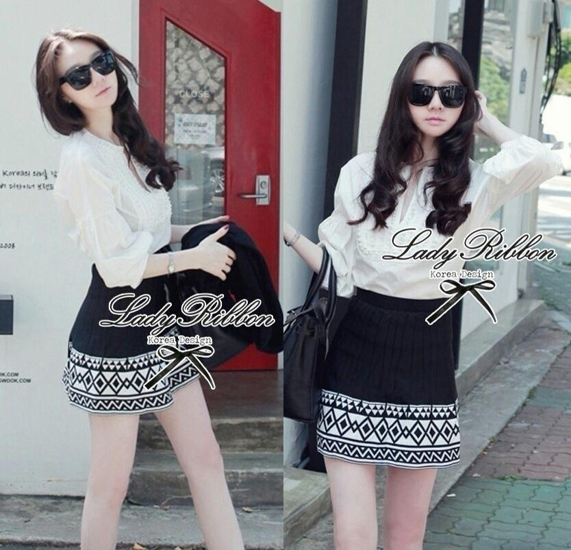 Lady Ribbon's Made Lady Bella Tribal Chic Black and White Knit Mini Skirt