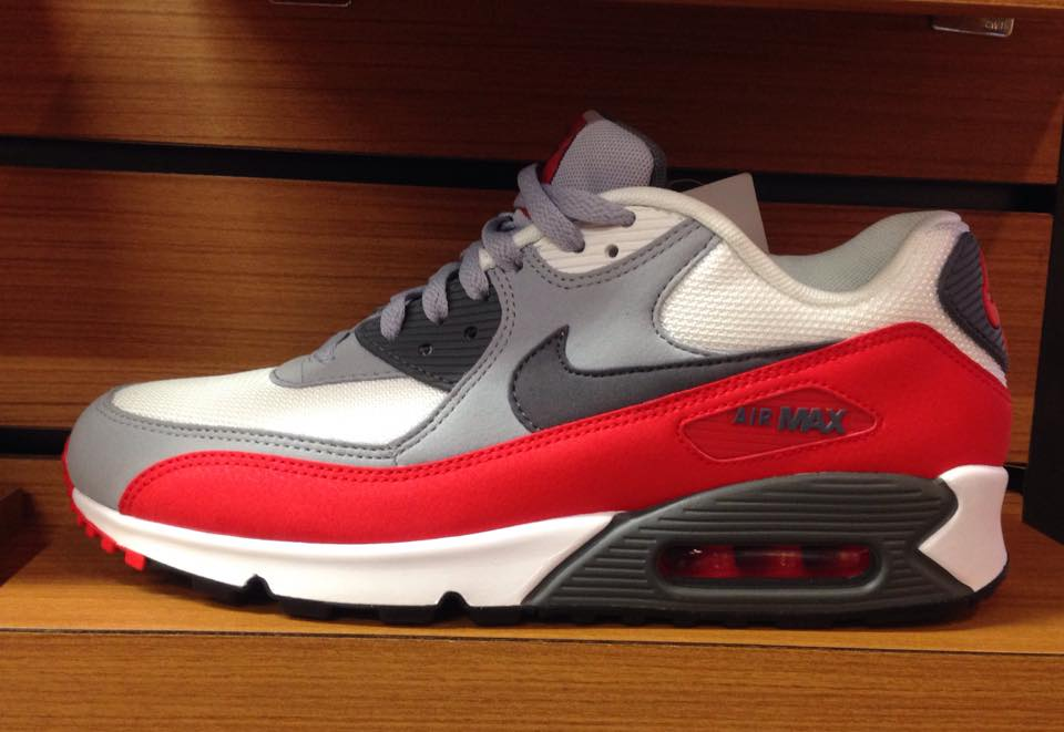 Nike Air Max 90 Womens White Chilling Red Medium Grey