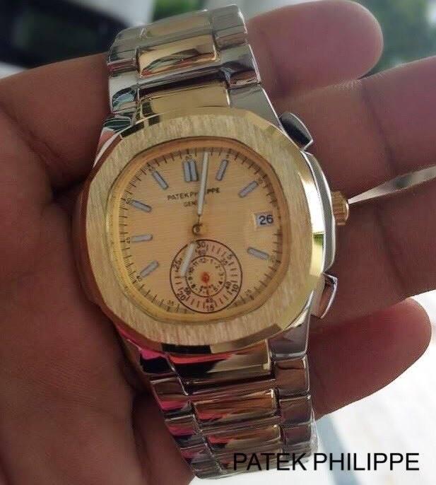 Patek Philippe หน้าปัดขนาด 35 mm. แสดงวันที่ตำแหน่ง 3 นาฬิกา เข็มล่างใช้งานได้จริง เป็นเข็มวินาที สายสแตนเลสสีเงินสลับพิ้งค์ สายกลิ๊บล็อค งานสวยมากๆ ราคา 1090