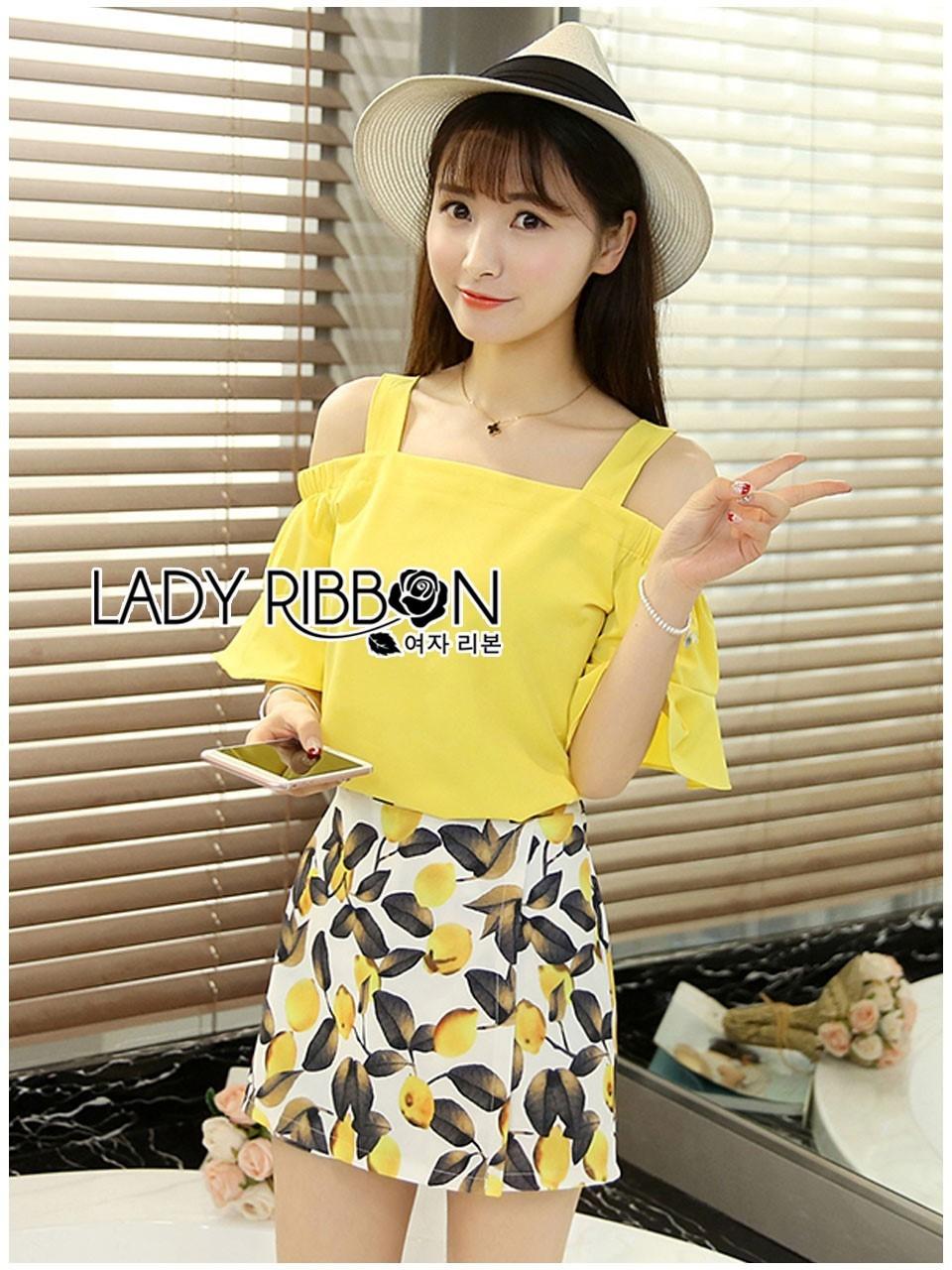 เสื้อผ้าเกาหลี พร้อมส่งเซ็ตเสื้อเปิดไหล่สีเหลืองและกระโปรงกางเกงพิมพ์ลายเลมอน