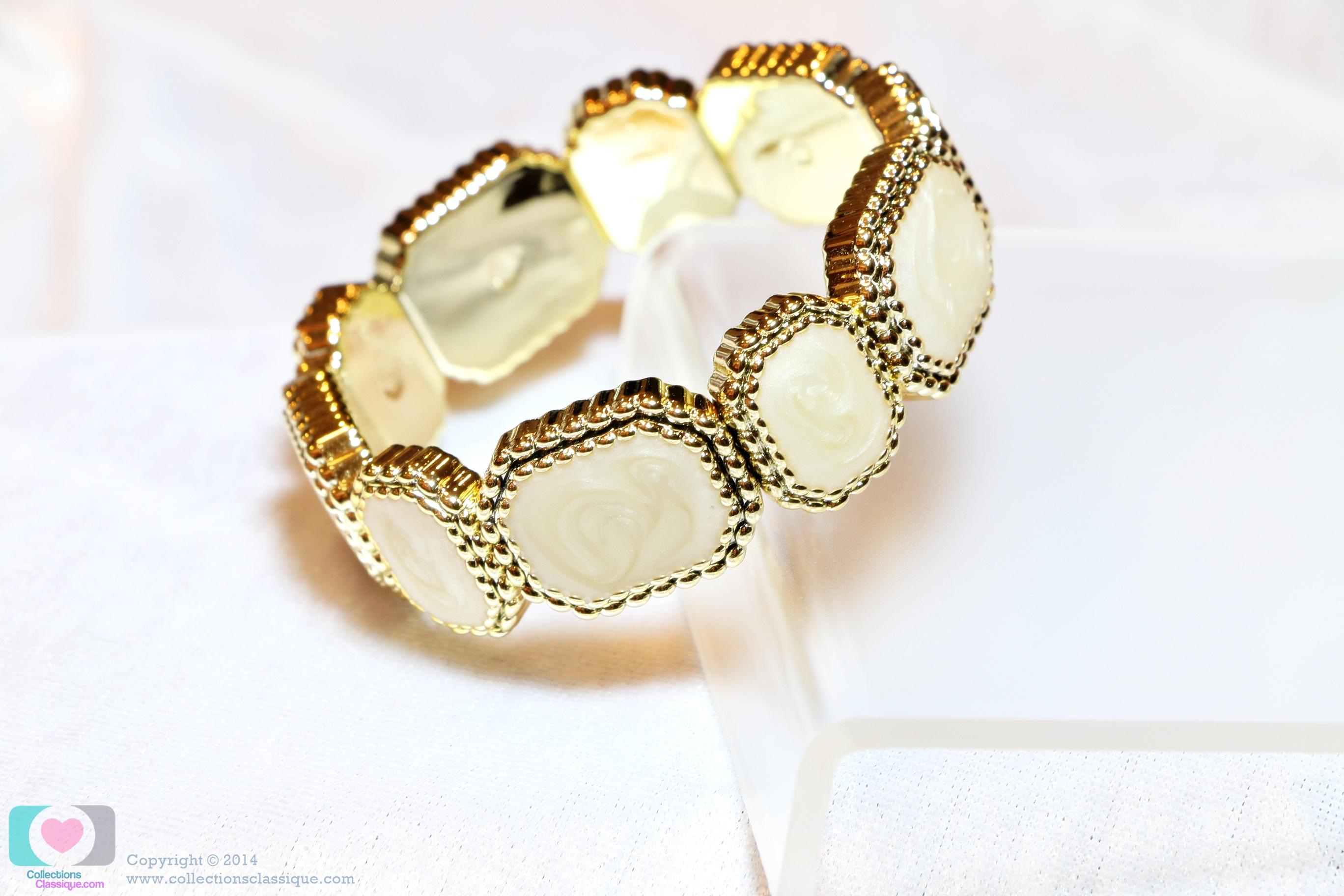 กำไลข้อมือ Classy Bracelet