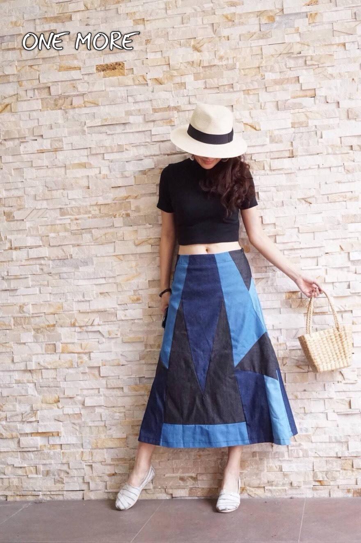 เสื้อผ้าเกาหลีพร้อมส่งกระโปรงผ้ายีนส์ งานตัดเย็บสลับสี