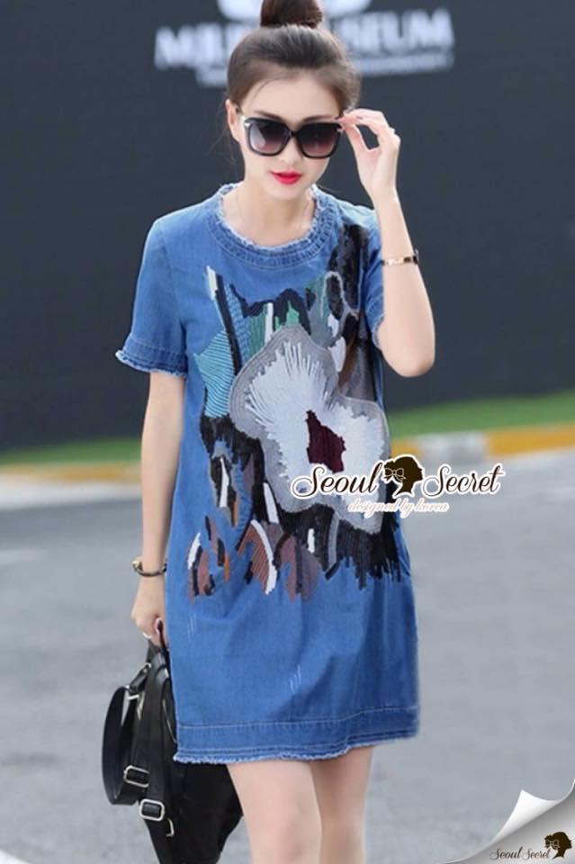 เสื้อผ้าเกาหลี พร้อมส่งGlitter Blossom Denim Dress