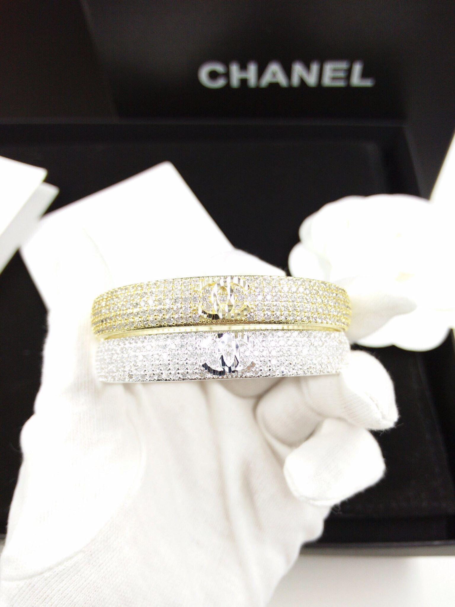 พร้อมส่ง Diamond Bracelet กำไลเพชร5แถวเต็มวง เพชรเน้นๆ
