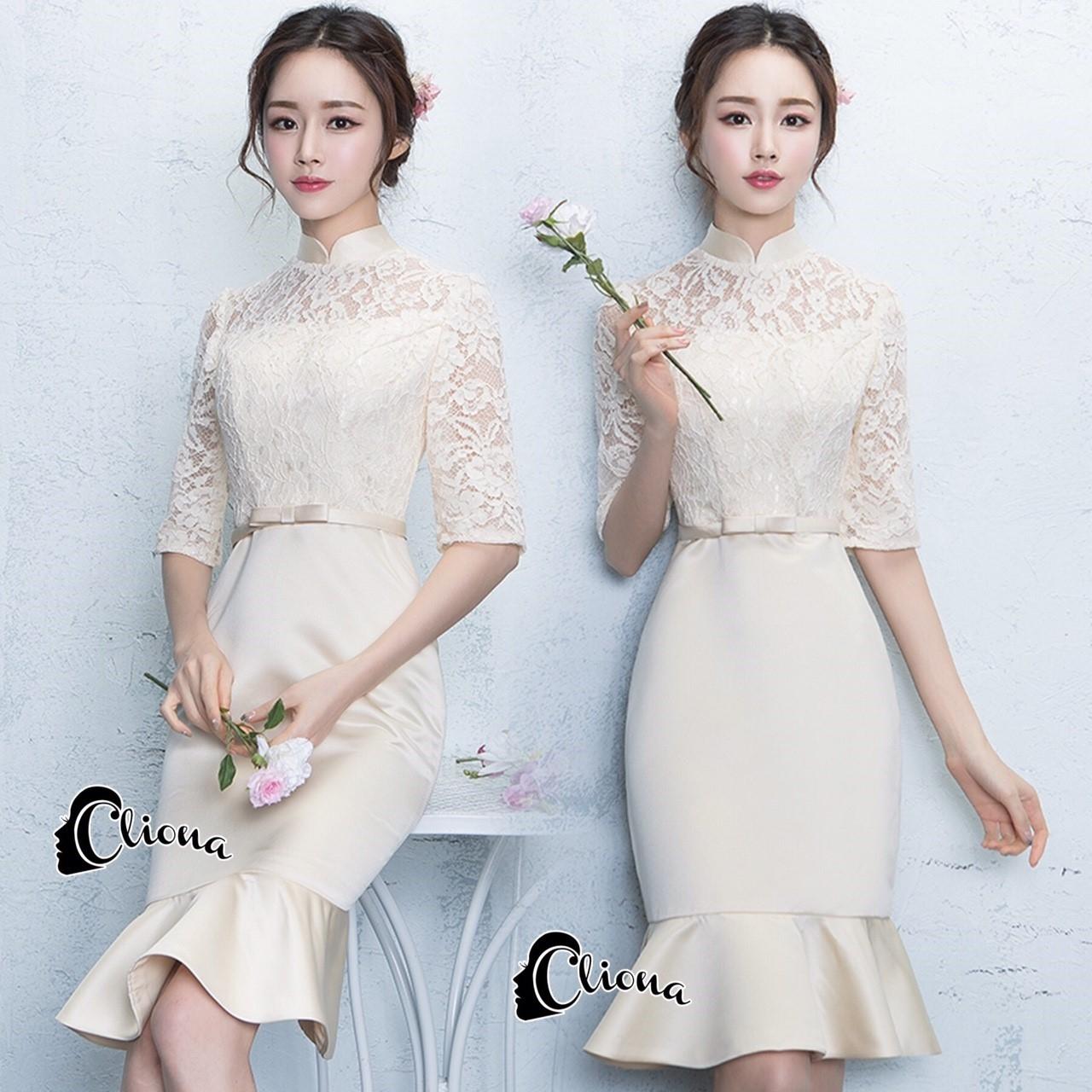 ชุดเดรสเกาหลี พร้อมส่งMini dress สีครีม ช่วงเสื้อเป็นงานลูกไม้