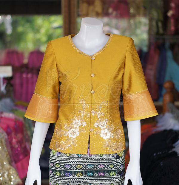 เสื้อผ้าไหมแพรทองแต่งลูกไม้ สีเหลืองทอง ไซส์ 2XL
