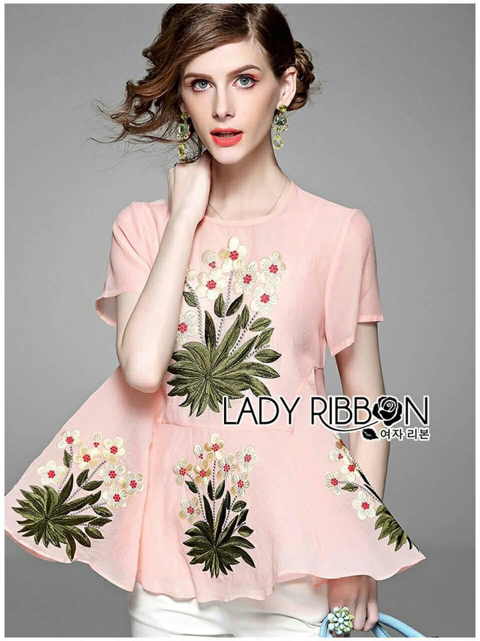 เสื้อทรงระบายตกแต่งด้วยดอกไม้ปักสุดหวาน