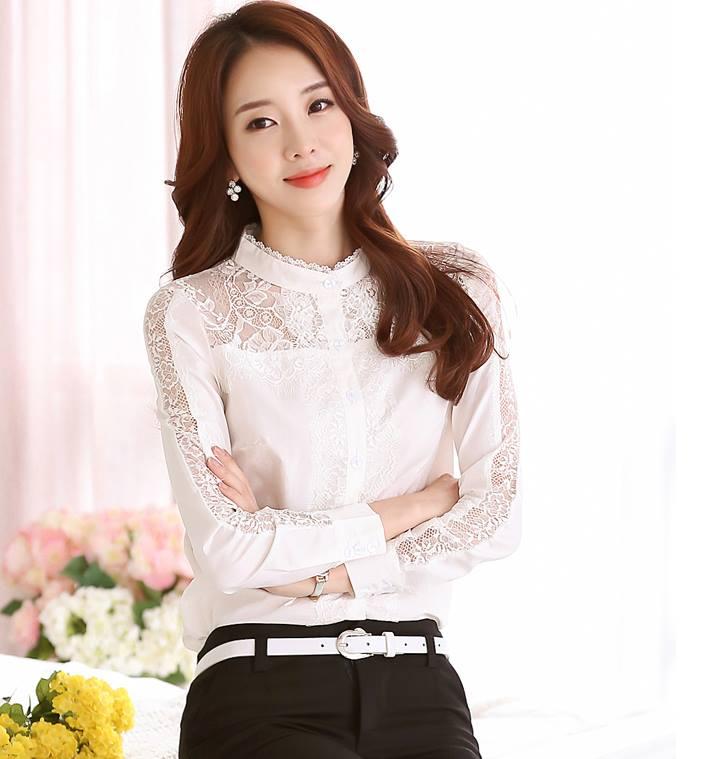 เสื้อลูกไม้คอจีนแต่งระบายลูกไม้ ช่วงไหล่แต่งผ้าซีทรู สีขาว(White)