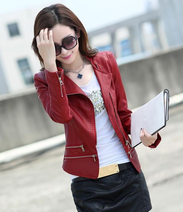 เสื้อแจ็คเก็ต เสื้อหนังแฟชั่น พร้อมส่ง สีแดง คอจีน หนังด้าน แบบเท่ห์ๆ แต่งซิบรูดช่วงปลายแขน และ ช่วงเอว สุดเท่ห์