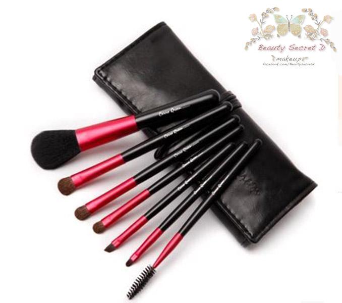 แปรงแต่งหน้า ชุด เซ็ท แปรงแต่งหน้า คุณภาพดี Set /7 ชิ้น - สีดำแดง CerroQreen Makeup Brush Sets