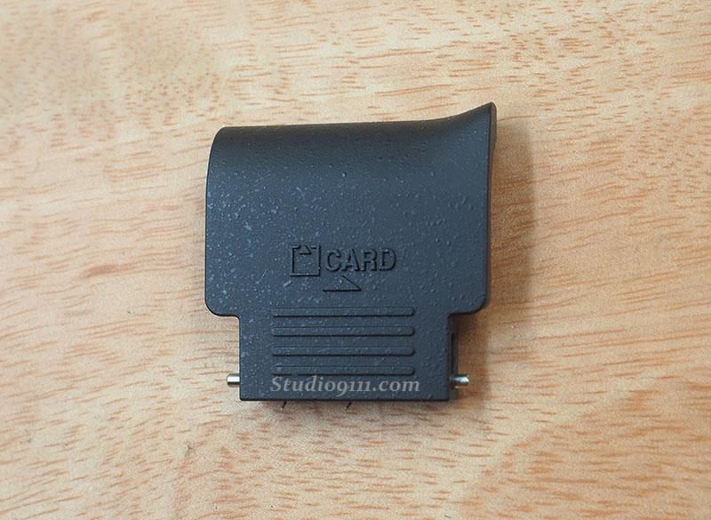 ฝาปิดช่องใส่เมมโมรี่ สำหรับกล้อง NIKON D5100