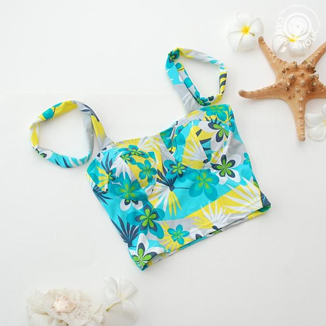 (free size) ชุดว่ายน้ำ บราลายใบไม้ บราเป็นแบบสวมเต็มตัวไม่โป้
