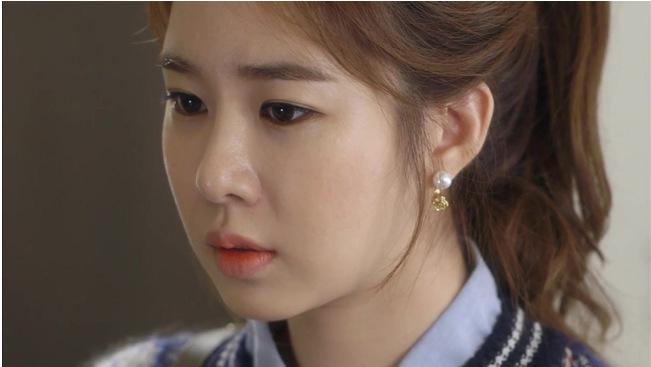 ต่างหูแฟชั่น ดาราเกาหลีใส่ ดอกกุหลาบ
