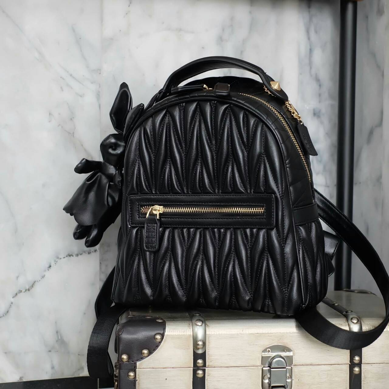 KEEP genuine Leather Mini Chic Backpack Classy Black #ใบนี้หนังแท้เลยค่ะ