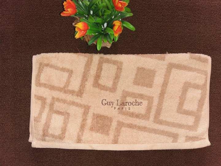 ผ้าเช็ดผม Guy Laroche ขนาด 38 x 76 ซ.ม