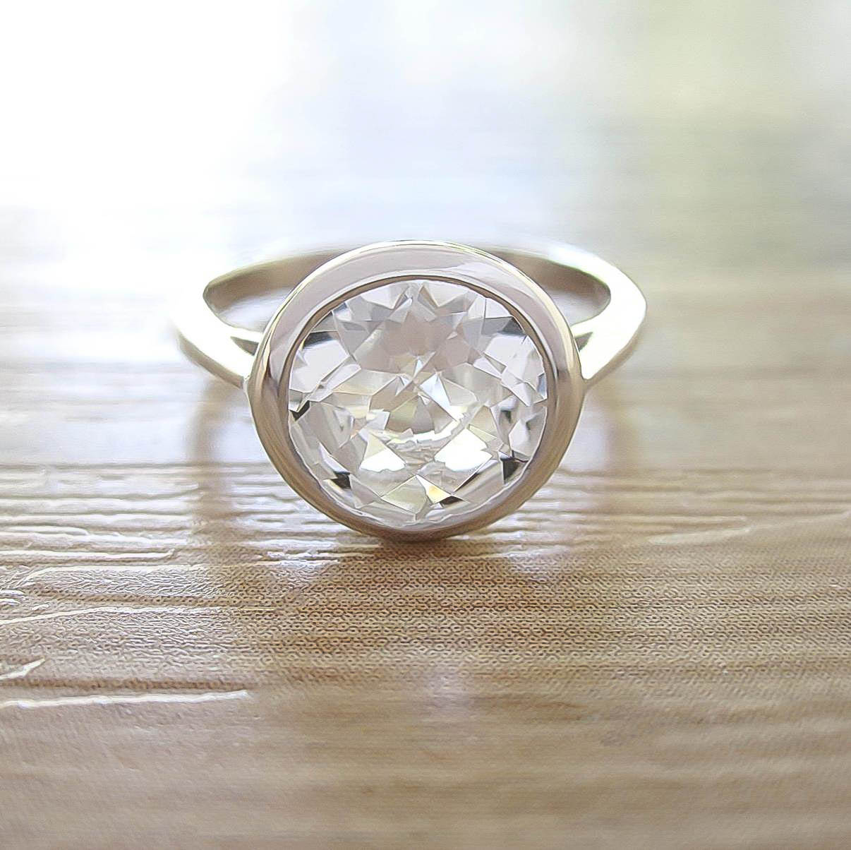 แหวน White Topaz Sterling Silver สี Rhodium รุ่น Dashing