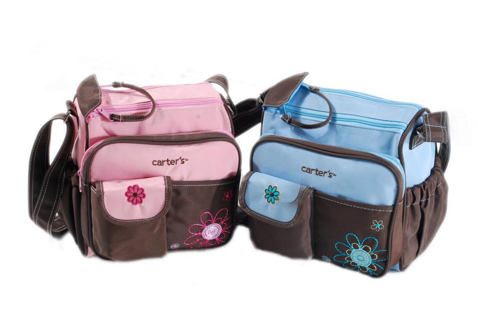 กระเป๋าใส่ของใช้เด็ก แบรนด์ carter's สะพายใบเล็ก ปักลายดอกไม้