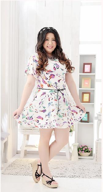 พรีออเดอร์ ชุดเดรสแฟชั่นเกาหลีใหม่ ลายนกน้อย สายหนัง แบบเก๋ น่ารัก สำหรับผู้หญิงไซส์ใหญ่ - Preorder New Korean Fashion Colored Bird Pattern Dress with Belt for Large Size Woman