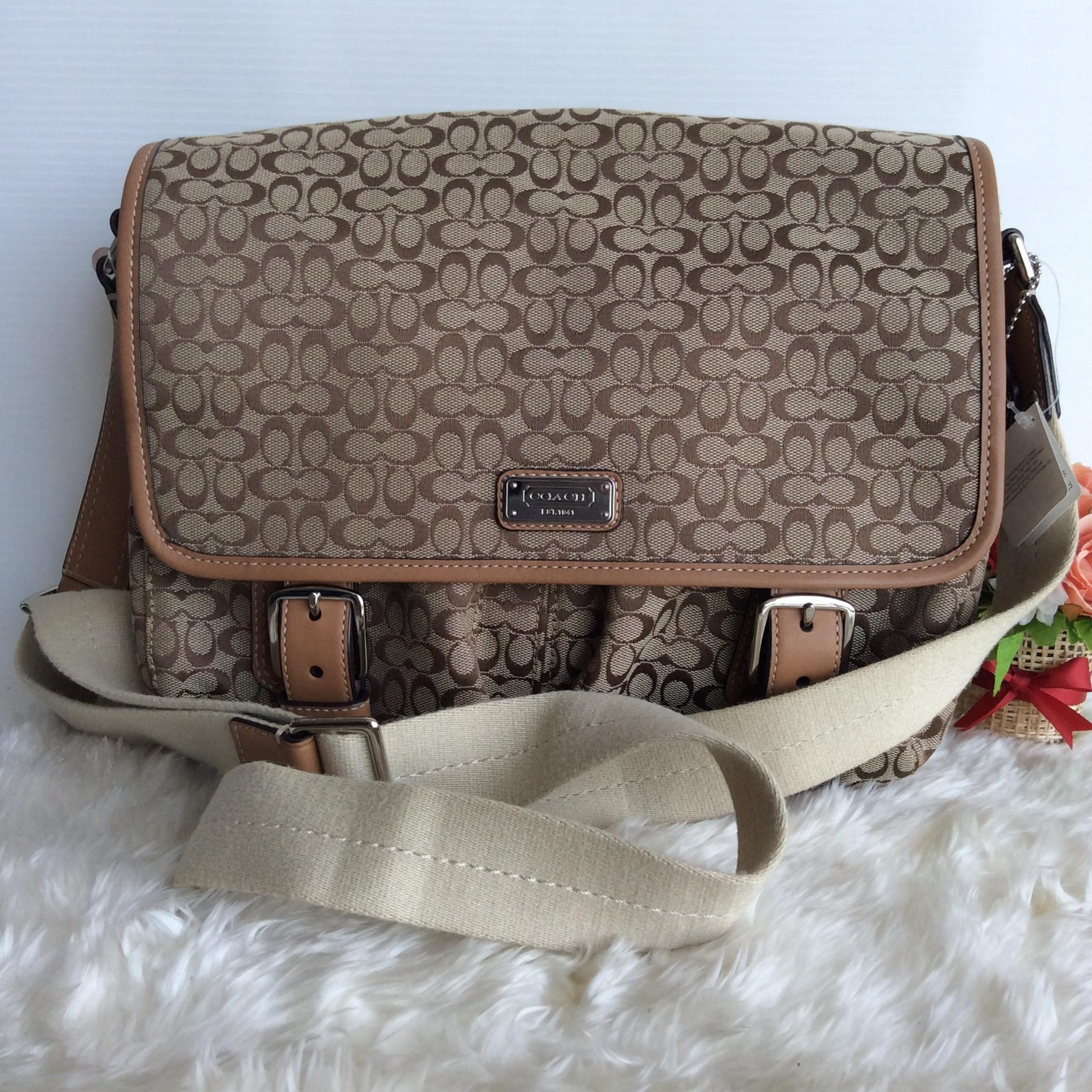 (SOLDOUT)New Coach Messenger bag