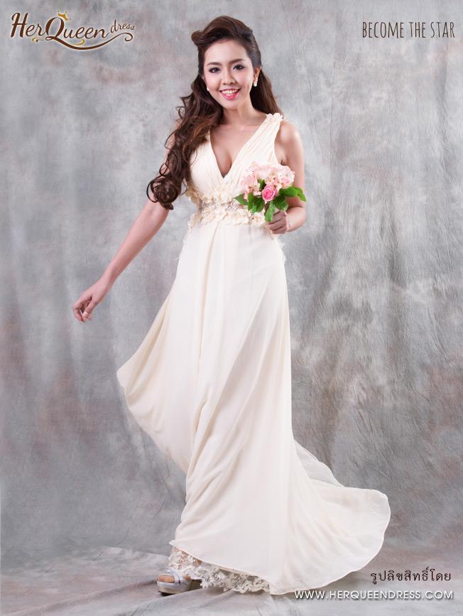 เช่าชุดราตรี &#x2665 ชุดราตรี ยาว ผ้าชีฟองพริ้วสีครีม แต่งดอกไม้คอวี หลังซีทรู
