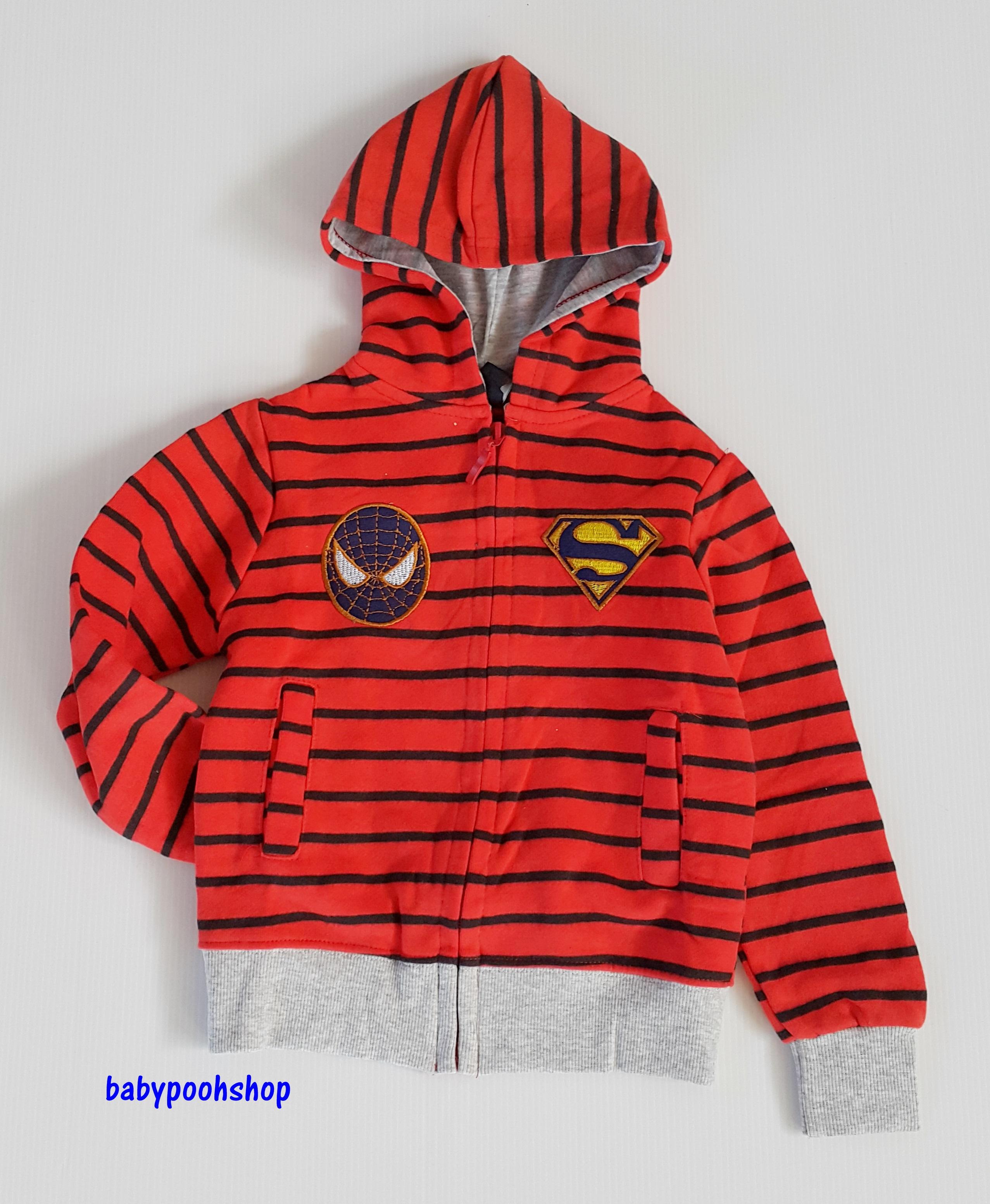 แจ็คเก็ทกันหนาว ซิปหน้า ลายขวาง ปักโลโก้ spiderman&superman สีส้มคาดน้ำเงิน size : 1y / 2y / 3y / 4y / 5y / 6y / 7y / 8y