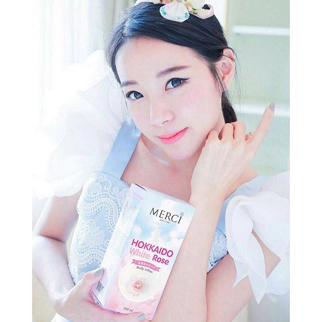 Merci Hokkaido White Rose Body Lotion เมอร์ซี่ ฮอกไกโด ไวท์โรส ด้วยสารสกัดสุดพิเศษ กุหลาบขาวฮอกไกโด จากประเทศญี่ปุ่น