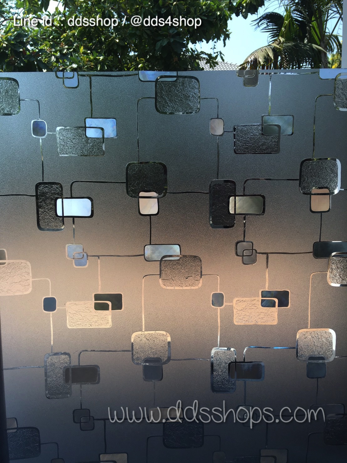 "PVC สูญญากาศติดกระจกกัน UV ""Modern Shape"" หน้ากว้าง 90 cm ราคาโปรโมชั่น 250 บาทต่อเมตร"