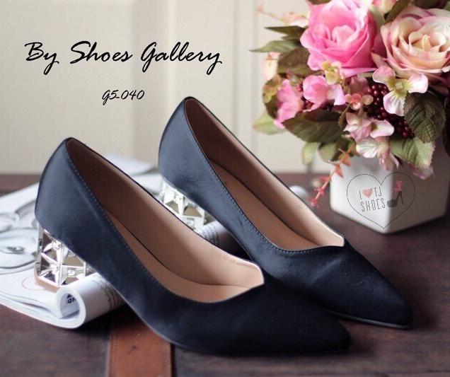 พร้อมส่ง : รองเท้าคัชชูผ้าซาติน (สีดำ)