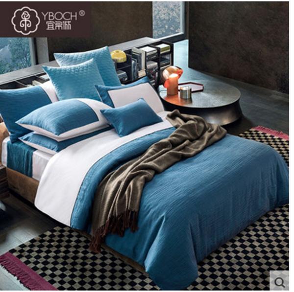 (Pre-order) ชุดผ้าปูที่นอน ปลอกหมอน ปลอกผ้าห่ม ผ้าคลุมเตียง ผ้าไหม ผ้าซาติน และผ้าฝ้าย สีฟ้าขาว แบบทูโทน