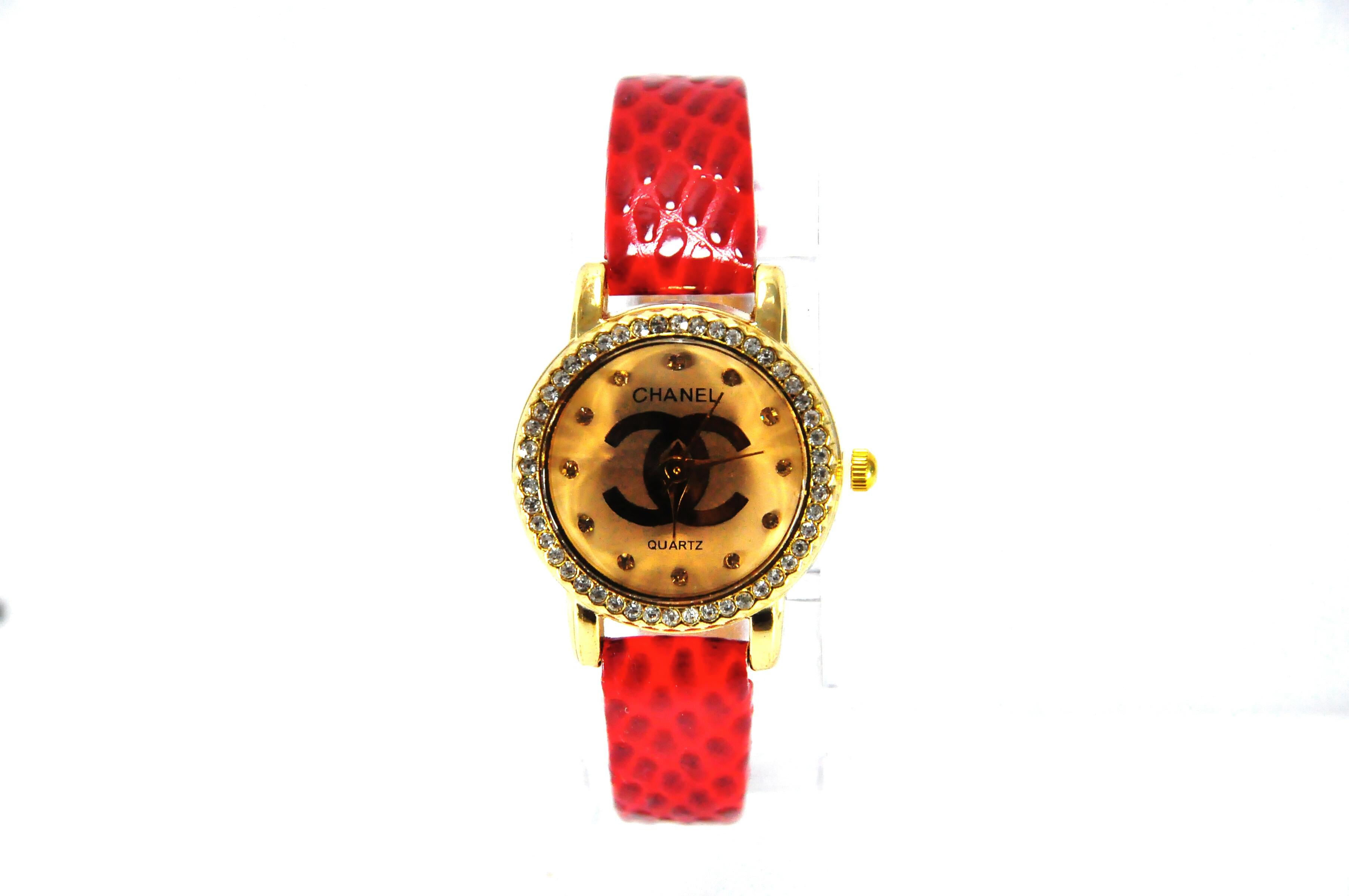 นาฬิกาแฟชั่น หรู ชานัล สีแดงร้อนแรง