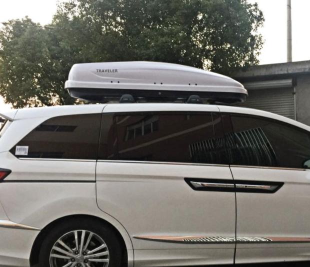 กล่องสัมภาระบนหลังคารถยนต์ RoofBox