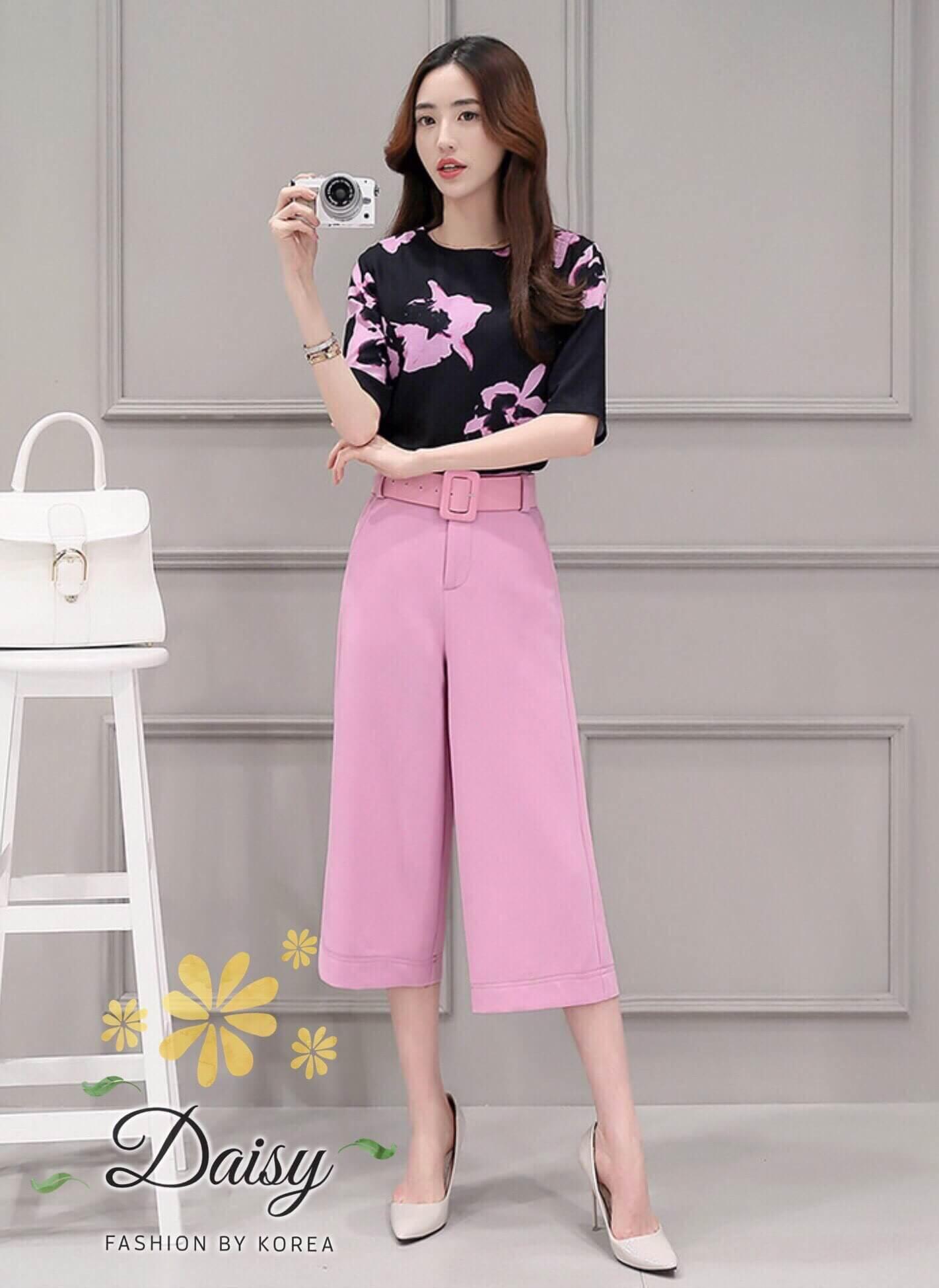 เสื้อ+กางเกง แบบแขนสามส่วนพิมพ์ลายดอกไม้โทนสีชมพู