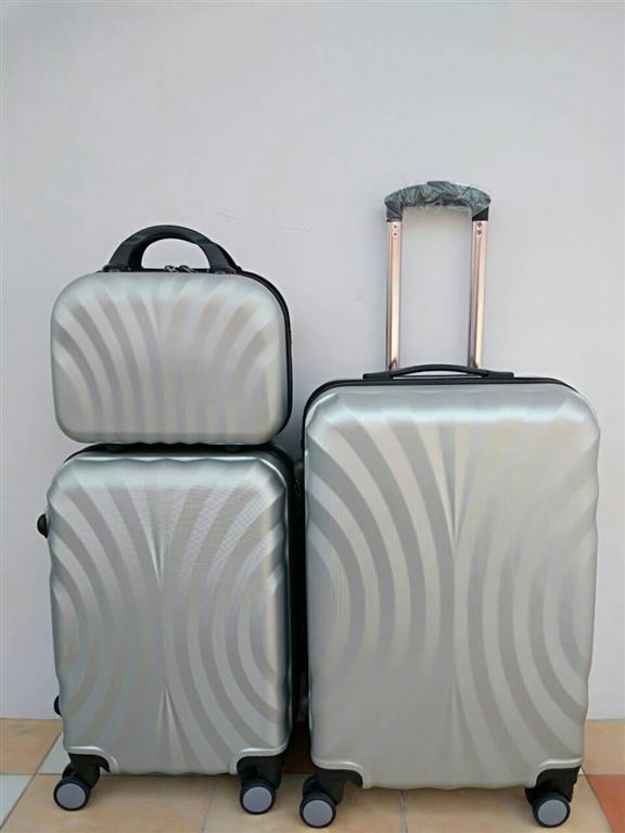 กระเป๋าเดินทางล้อลากไฟเบอร์ ขนาด 24 นิ้ว