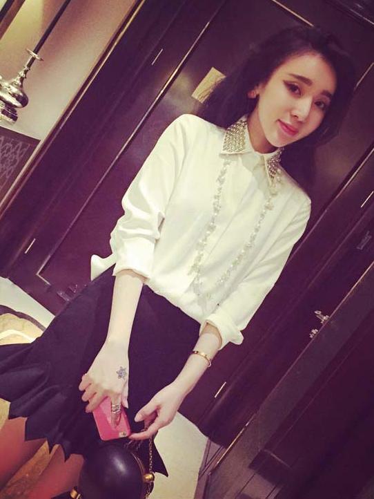 เสื้อเชิ้ตทำงาน แขนยาว คอปกเย็บประดับเลื่อม สวยหรู เสื้อสีขาว