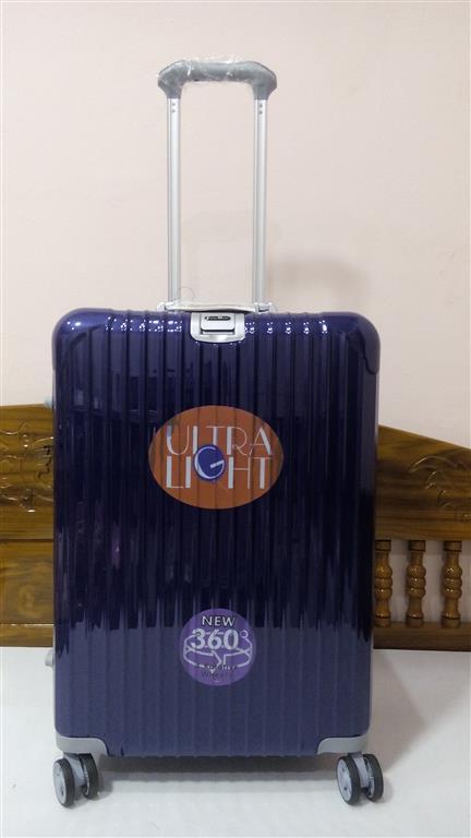 กระเป๋าเดินทาง 24 นิ้ว ขอบอลูมิเนียม