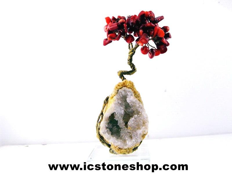 ▽ต้นไม้มงคล หินปะการังแดง(ชนิดย้อม)-ฐานควอตซ์-ฐานควอตซ์ ใช้เสริมฮวงจุ้ย โต๊ะทำงาน (166g)